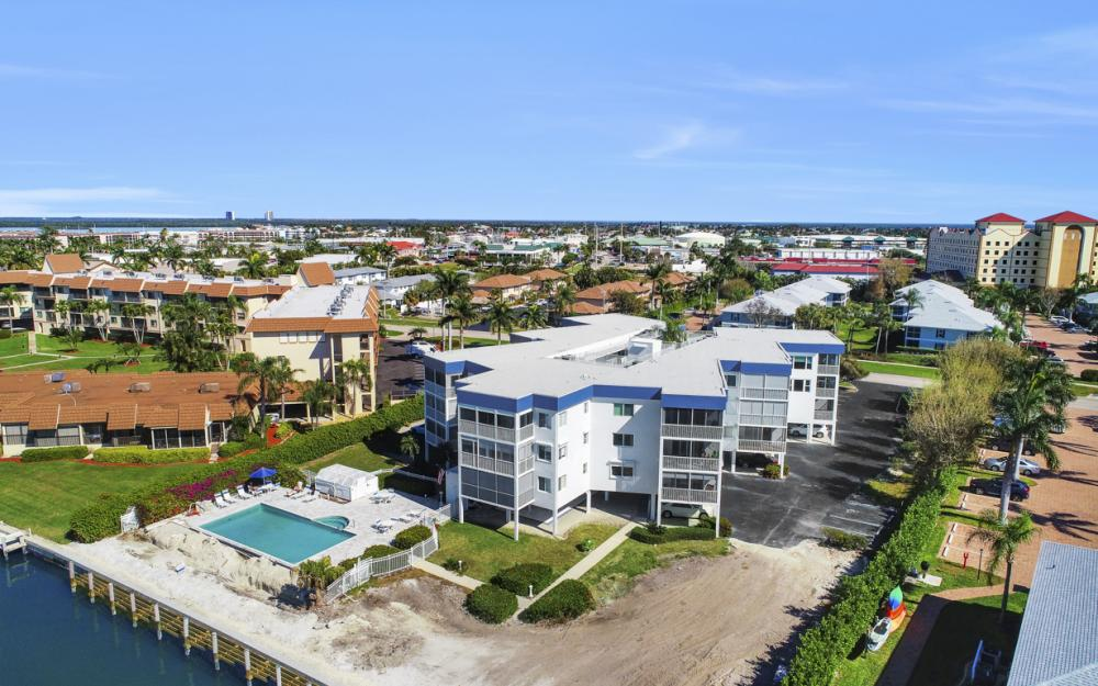 710 W Elkcam Cir #PH7, Marco Island - Condo For Sale 2144327276