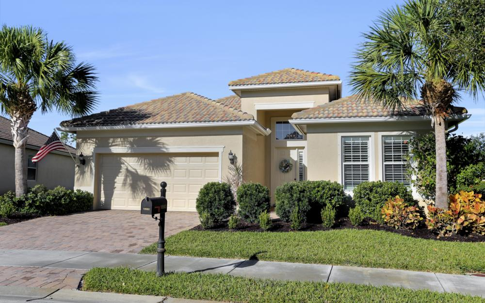 10563 Yorkstone Dr, Bonita Springs - Home For Sale 678476470