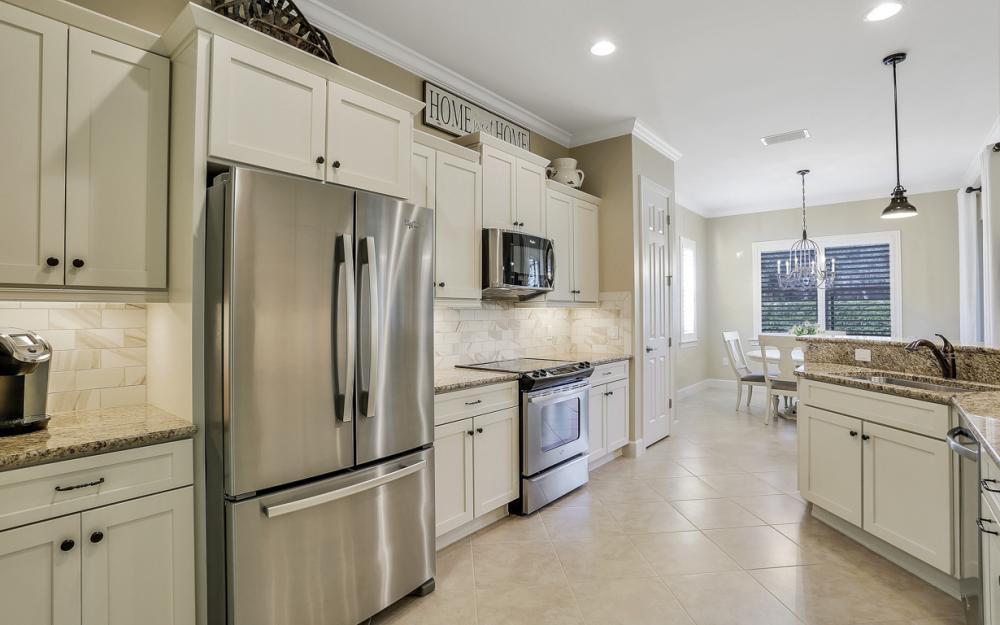 10563 Yorkstone Dr, Bonita Springs - Home For Sale 1289618338