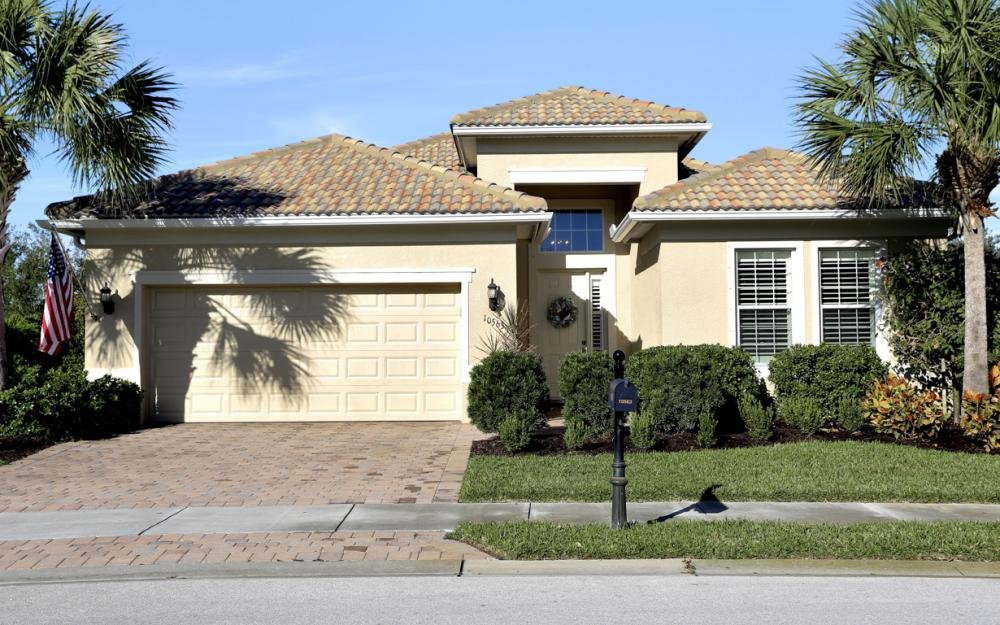 10563 Yorkstone Dr, Bonita Springs - Home For Sale 1942816504