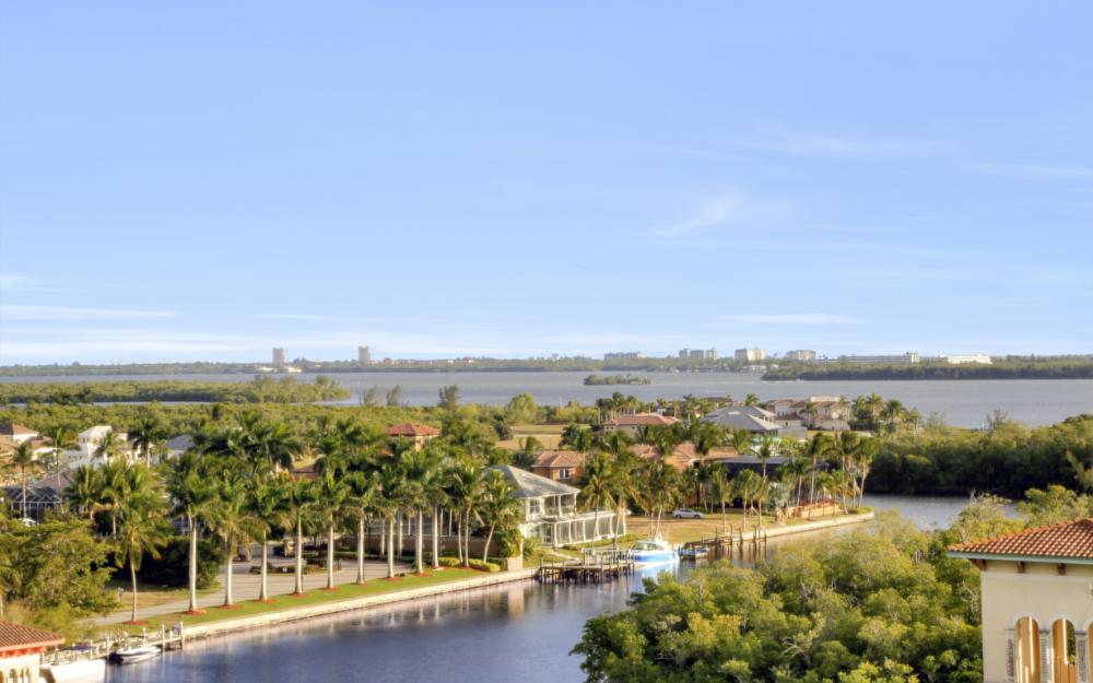 5781 Cape Harbour Dr #902, Cape Coral - Condo For Sale 559571093