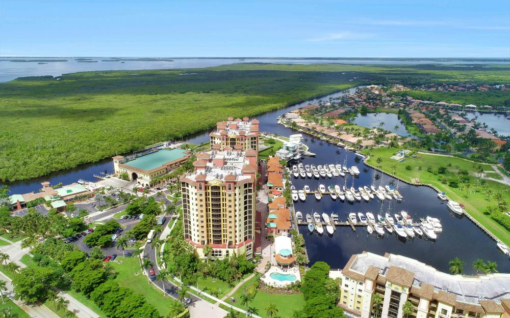 5781 Cape Harbour Dr #902, Cape Coral - Condo For Sale 457330465
