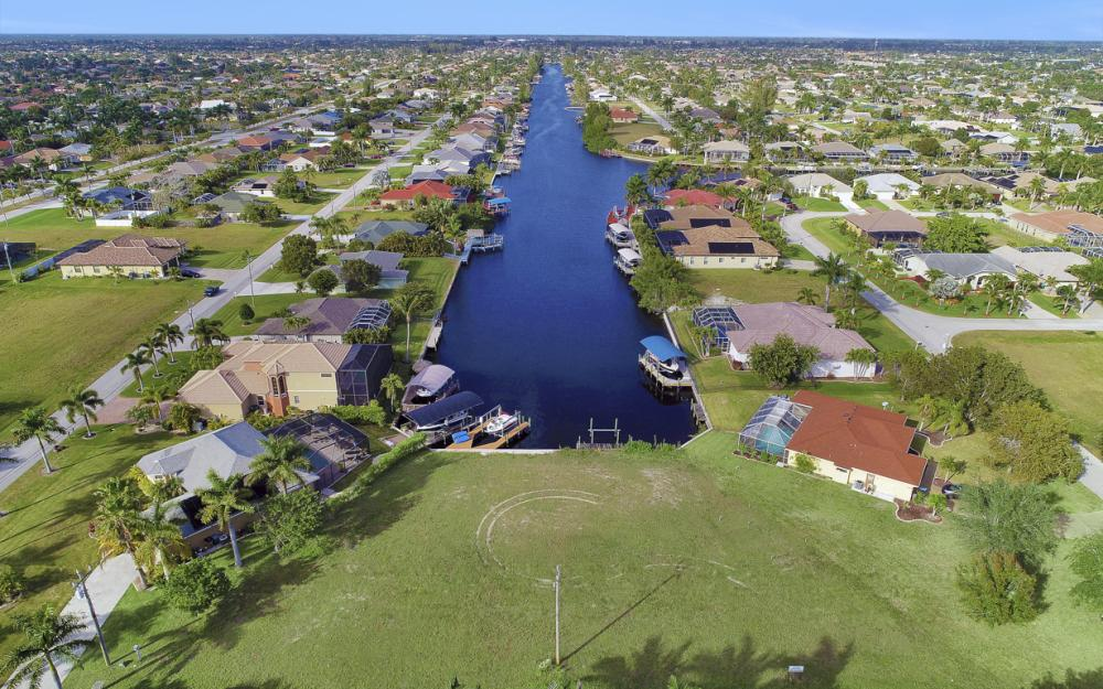 2011 El Dorado Pkwy W, Cape Coral - Lot For Sale 524624017