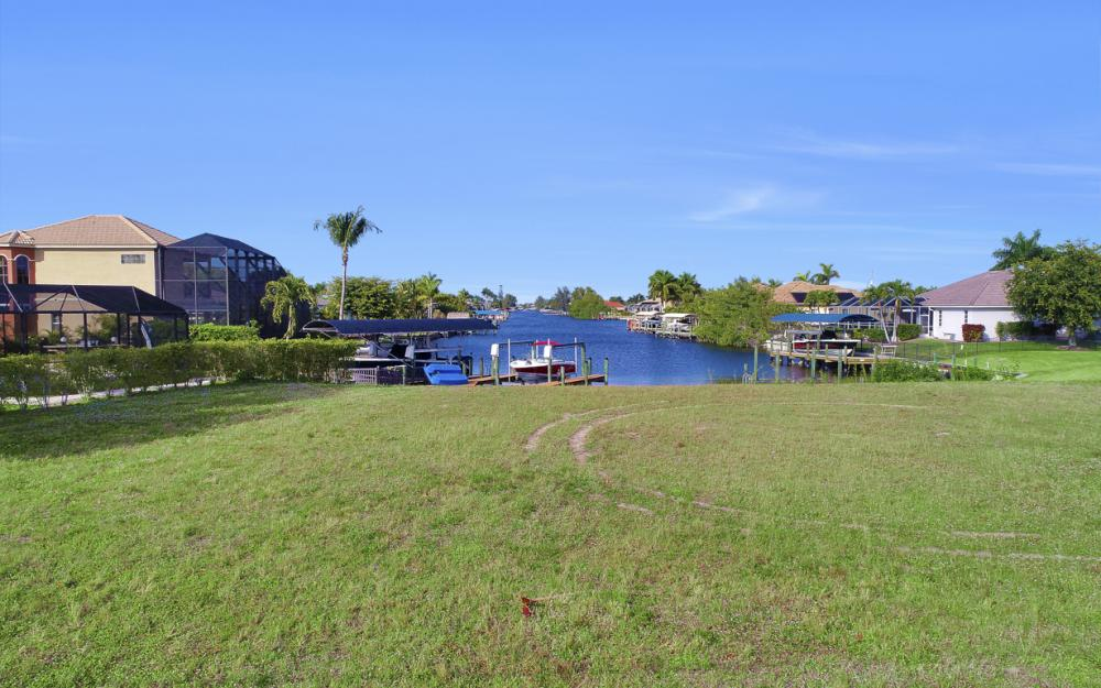 2011 El Dorado Pkwy W, Cape Coral - Lot For Sale 631764406