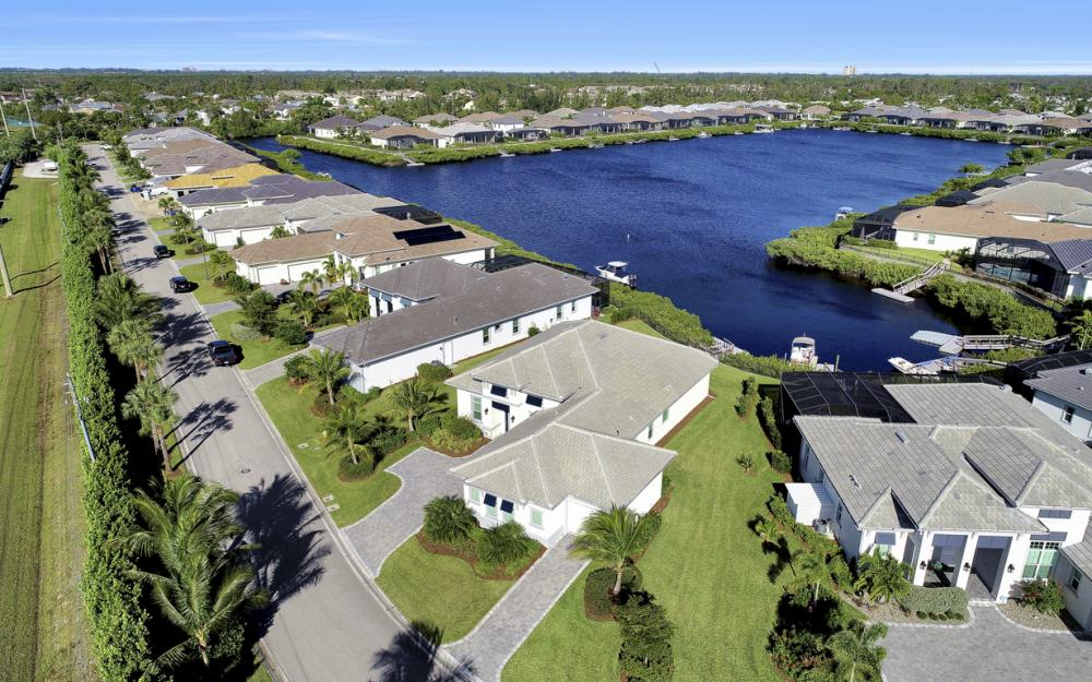 17298 Hidden Estates Cir, Fort Myers - Home For Sale 409924467