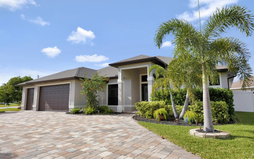 2816 SW 20TH Ave, Cape Coral - Home For Sale 524668561