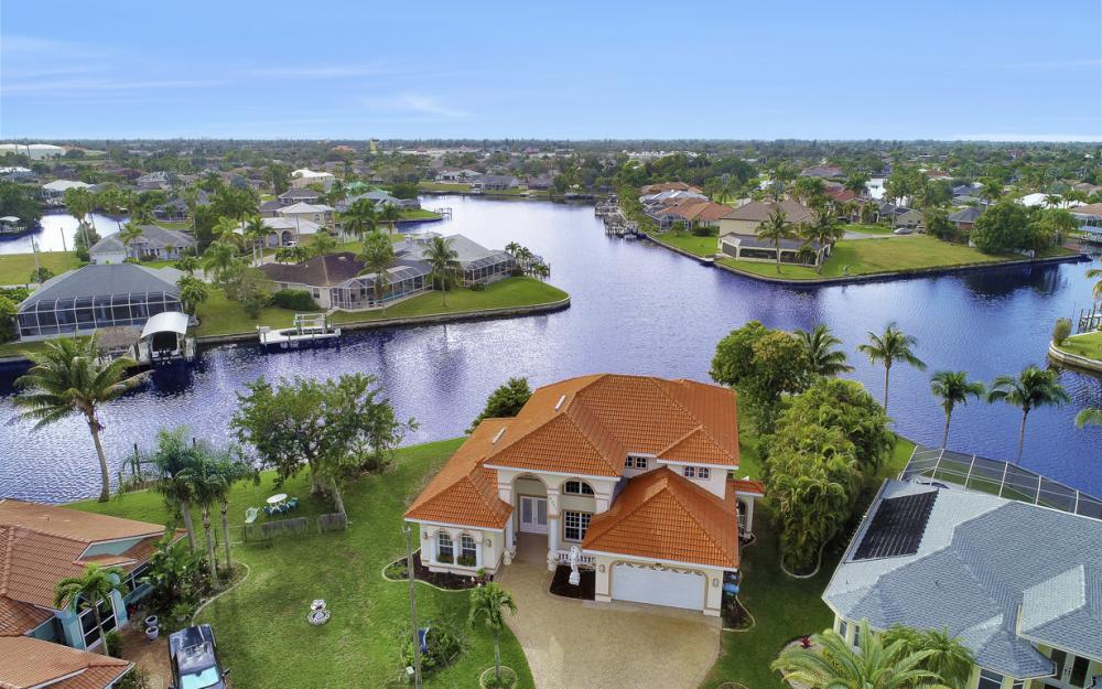 2001 SE 21st St Cape Coral - Home For Sale 2048960813