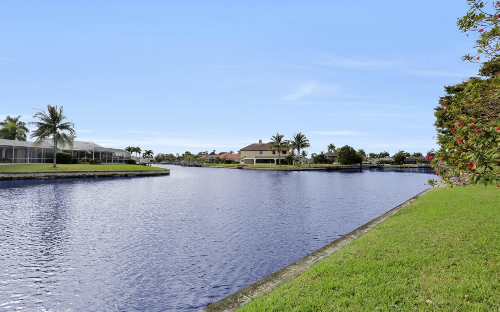 2001 SE 21st St Cape Coral - Home For Sale 1458333377