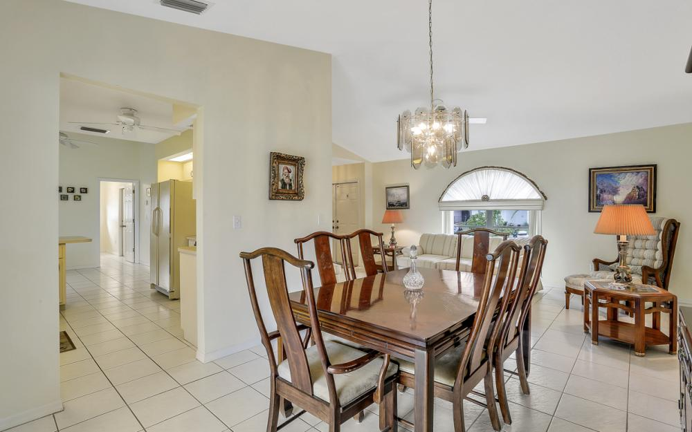 325 SE 21st Ave, Cape Coral - Home For Sale 240755113
