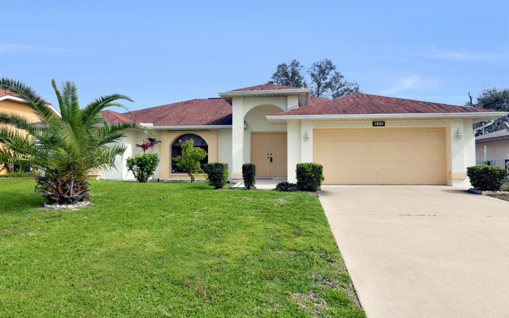 325 SE 21st Ave, Cape Coral - Home For Sale 287978692