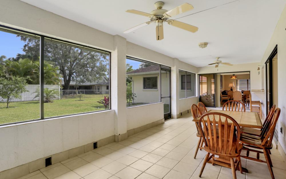325 SE 21st Ave, Cape Coral - Home For Sale 226492477