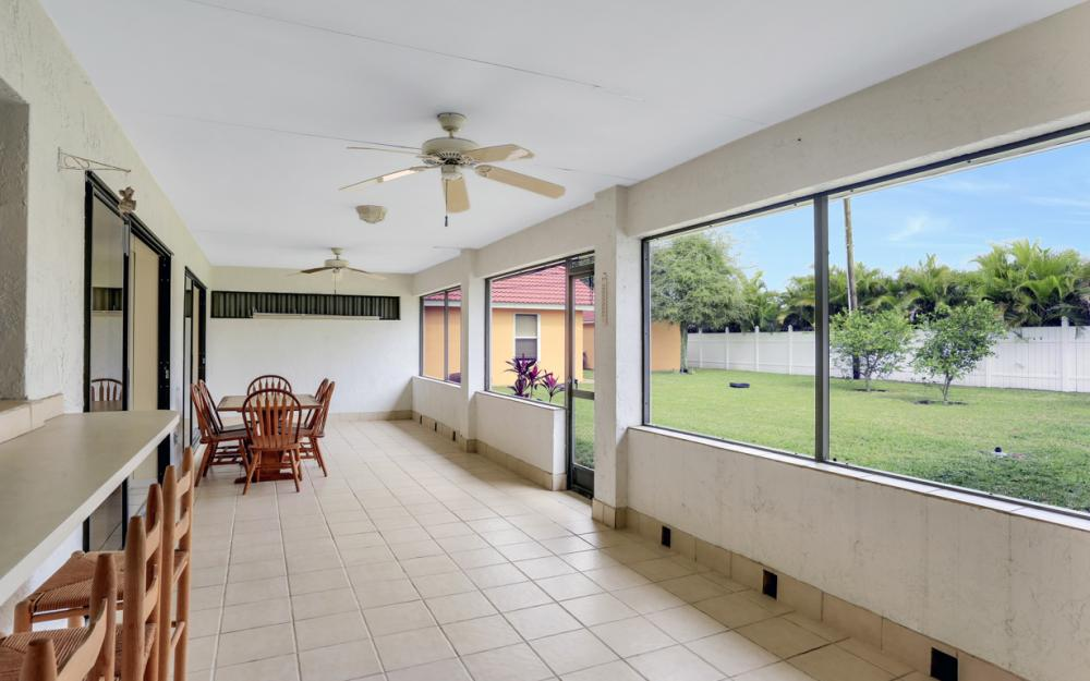 325 SE 21st Ave, Cape Coral - Home For Sale 1439865333