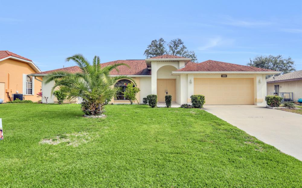 325 SE 21st Ave, Cape Coral - Home For Sale 283662544