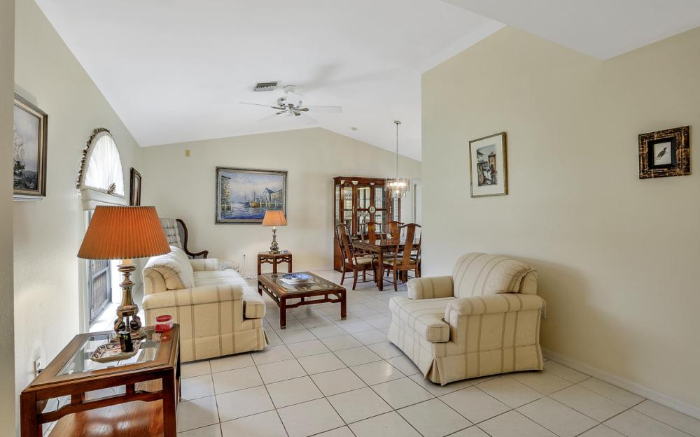 325 SE 21st Ave, Cape Coral - Home For Sale 558514067