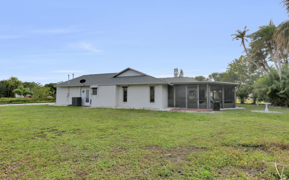 1613 Savona Pkwy, Cape Coral - Home For Sale 691177071