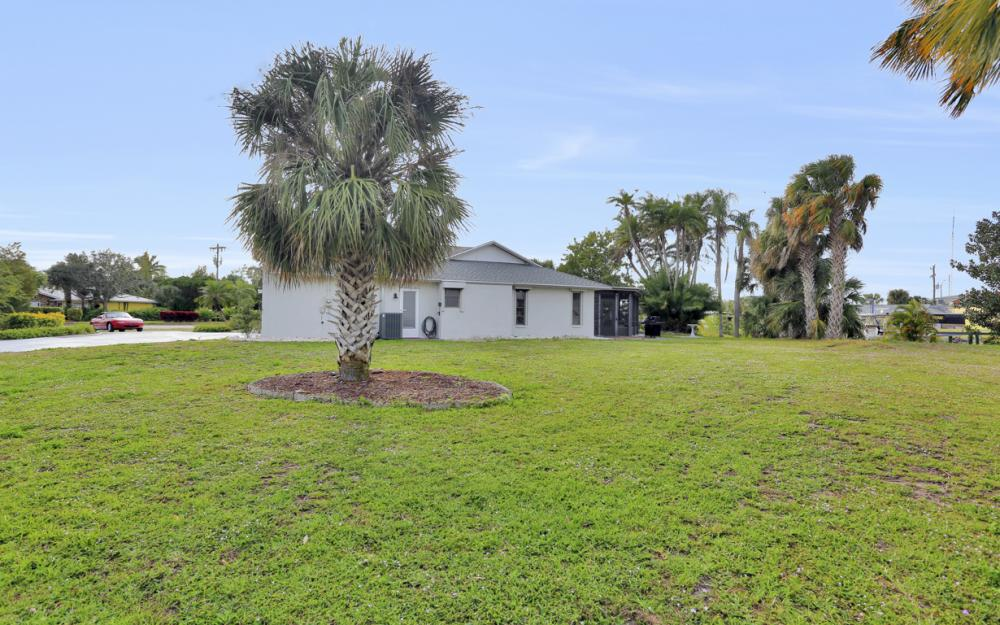 1613 Savona Pkwy, Cape Coral - Home For Sale 1661482079