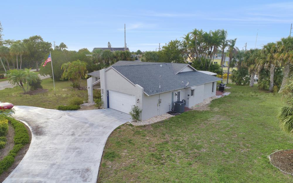 1613 Savona Pkwy, Cape Coral - Home For Sale 718795922