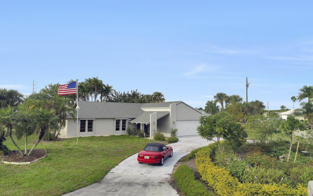 1613 Savona Pkwy, Cape Coral - Home For Sale 1188332308
