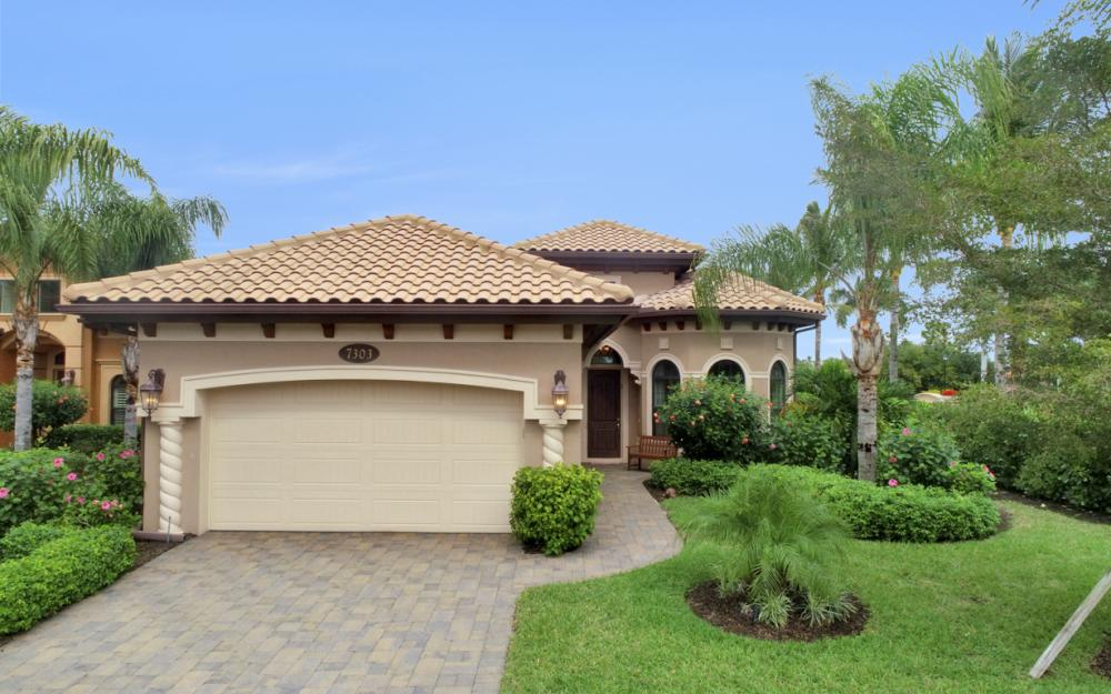 7303 Lantana Cir, Naples - Home For Sale 108322570