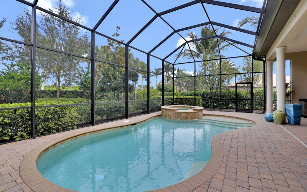 7303 Lantana Cir, Naples - Home For Sale 808356767