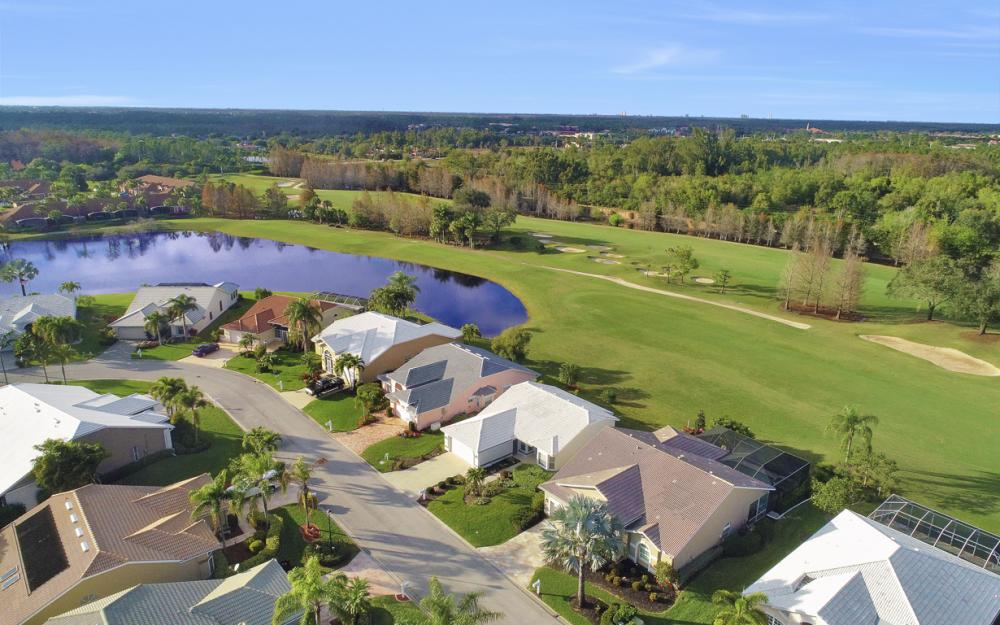 9241 Old Hickory Cir, Fort Myers - Home For Sale 1824855985
