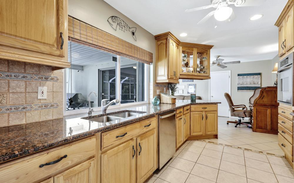 2004 Cornwallis Pkwy, Cape Coral - Home For Sale 1461299406
