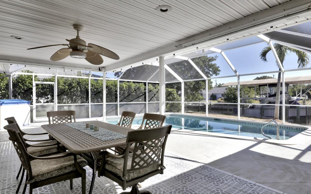 2004 Cornwallis Pkwy, Cape Coral - Home For Sale 1576542721