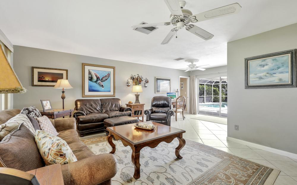 2004 Cornwallis Pkwy, Cape Coral - Home For Sale 779045481