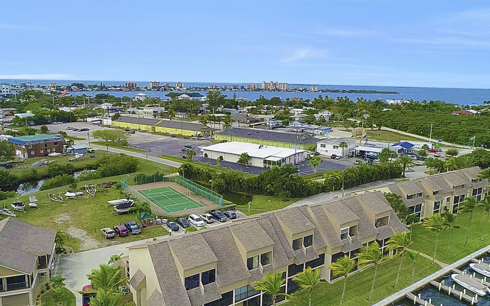 894 Buttonwood Dr #221, Ft Myers Beach - Condo For Sale 1696191035