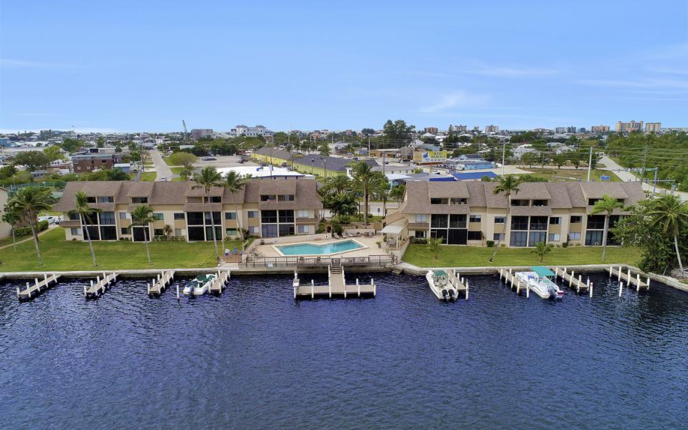 894 Buttonwood Dr #221, Ft Myers Beach - Condo For Sale 308244147