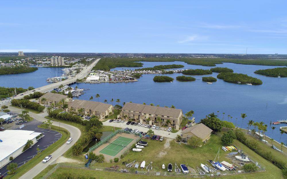 894 Buttonwood Dr #221, Ft Myers Beach - Condo For Sale 910761314