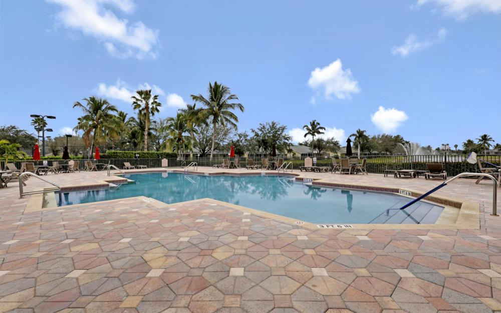 8351 Ibis Cove Cir, Naples - Home For Sale 1945019768