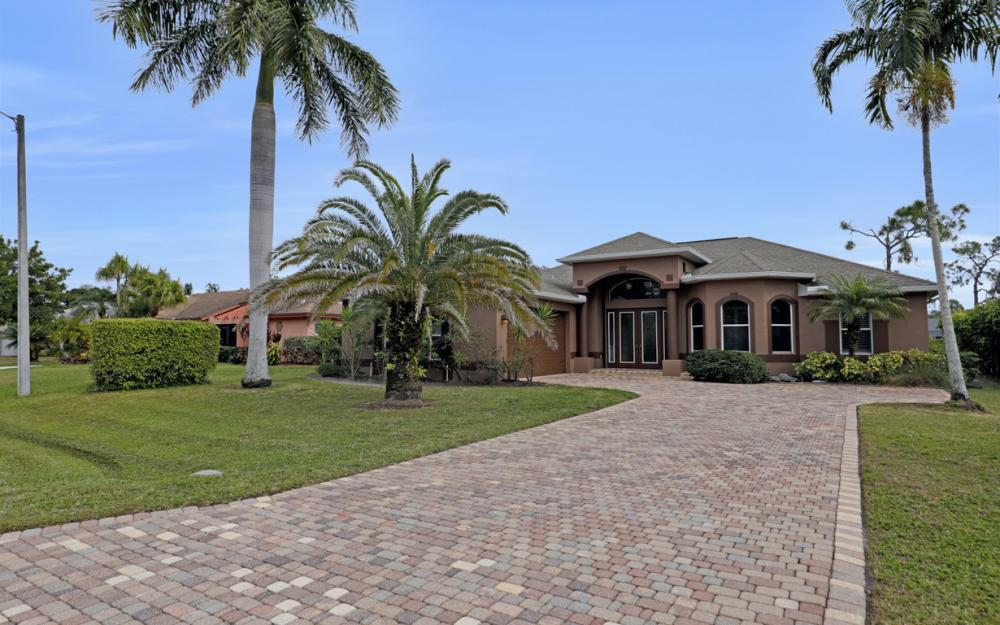 24753 Paradise Rd, Bonita Springs - Home For Sale 185072468