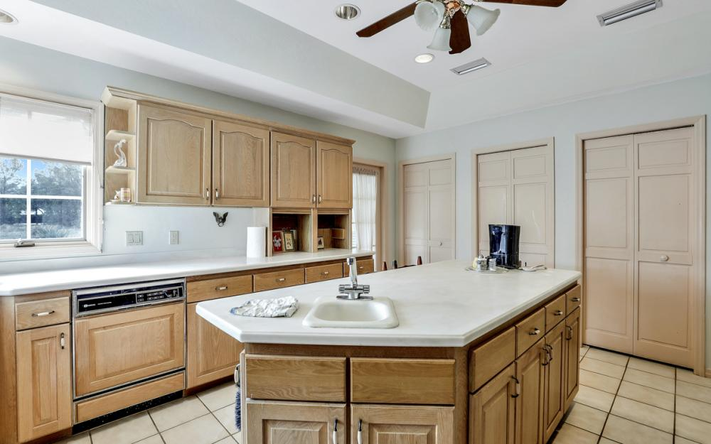 7650 Hidden Pond Ln, North Fort Myers - Home For Sale 134524800