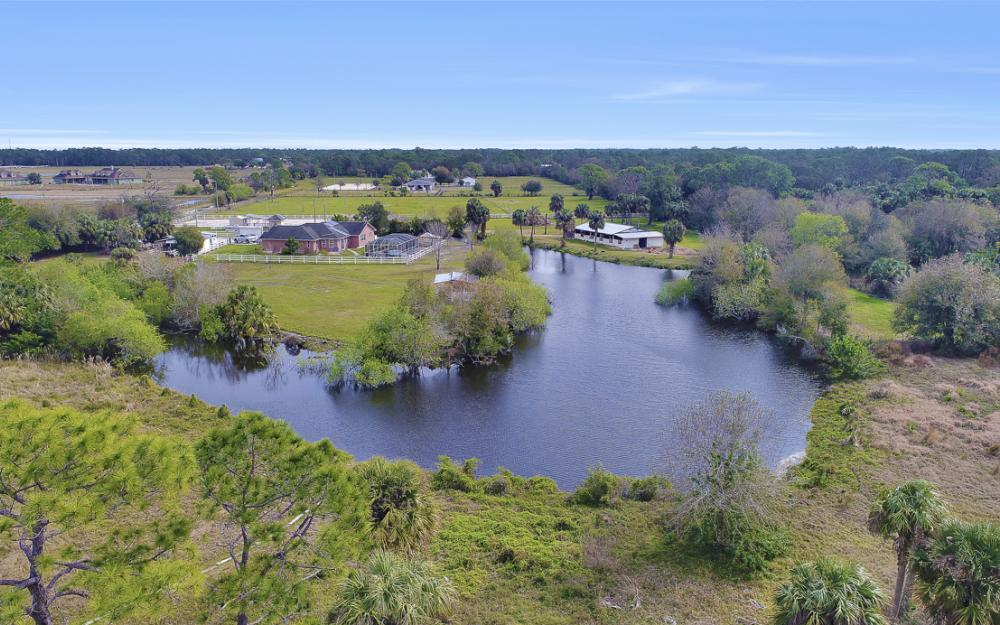 7650 Hidden Pond Ln, North Fort Myers - Home For Sale 716724859