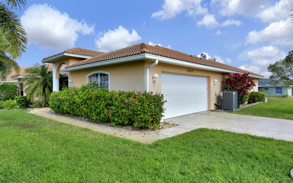 4417 Agualinda Blvd, Cape Coral - Home For Sale 1158963806