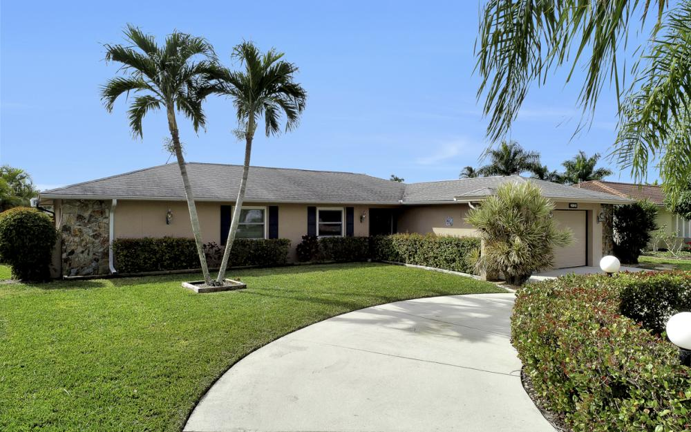 2120 Cornwallis Parkway, Cape Coral - Home For Sale 1426995389