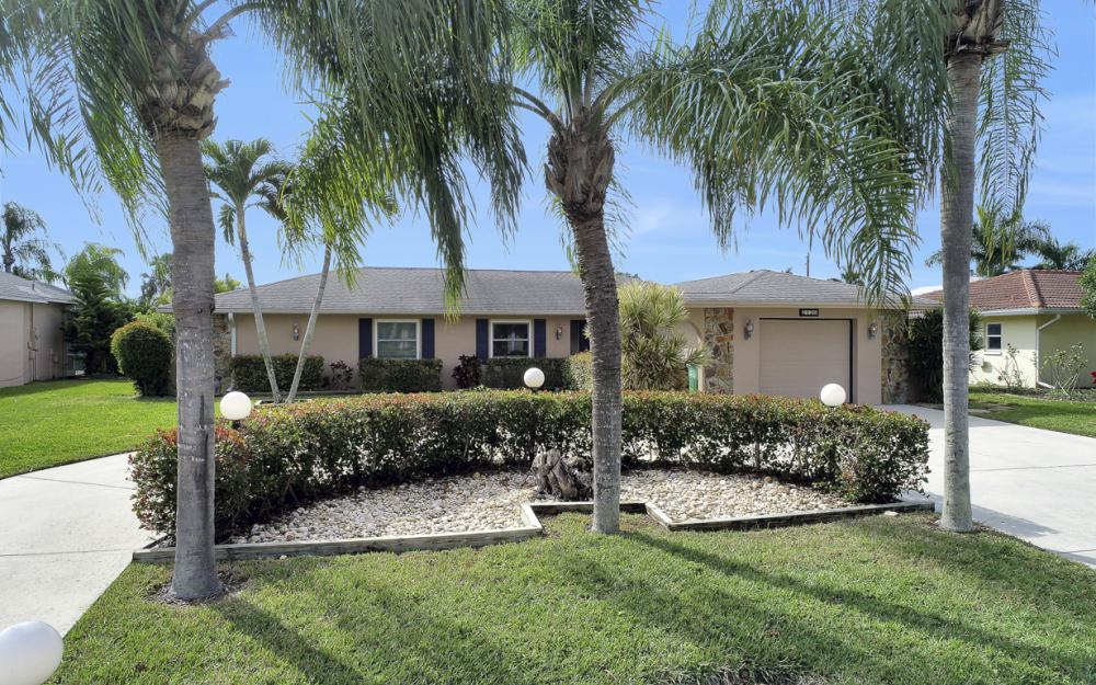 2120 Cornwallis Parkway, Cape Coral - Home For Sale 636072837