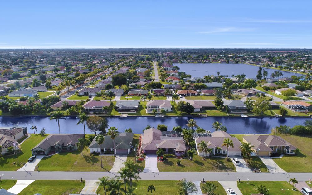 328 SE 21st Ave, Cape Coral - Home For Sale 1468783916