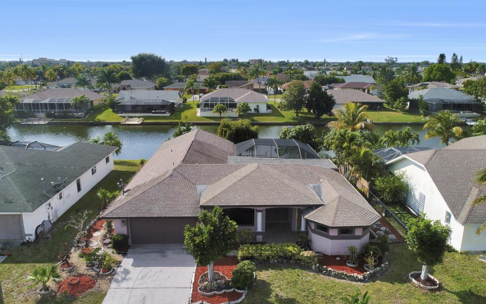 328 SE 21st Ave, Cape Coral - Home For Sale 1446838851