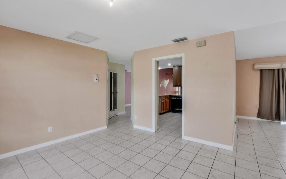 328 SE 21st Ave, Cape Coral - Home For Sale 1273982537