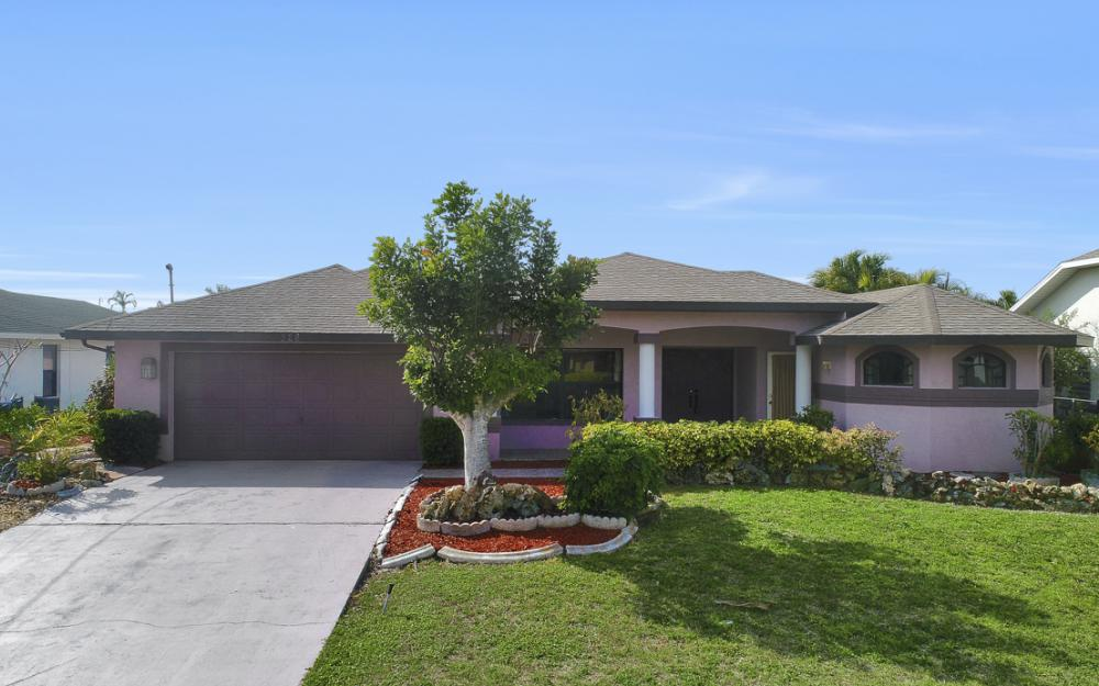 328 SE 21st Ave, Cape Coral - Home For Sale 1469337268