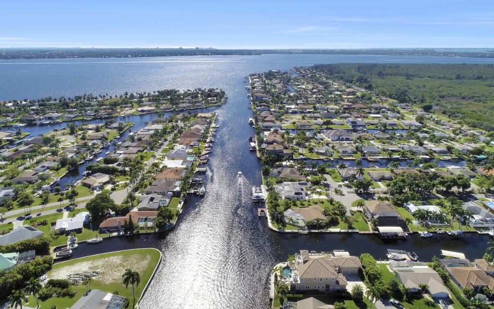 101 SW 54th Ter - Cape Coral - Home For Sale 2051367396