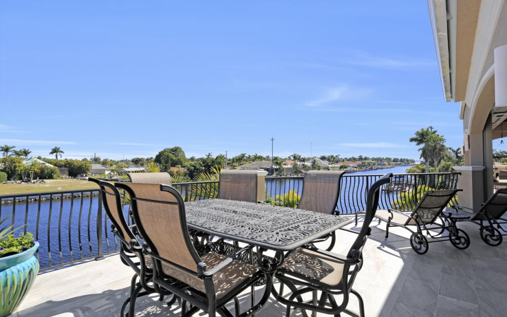 101 SW 54th Ter - Cape Coral - Luxury Home For Sale 1576242887