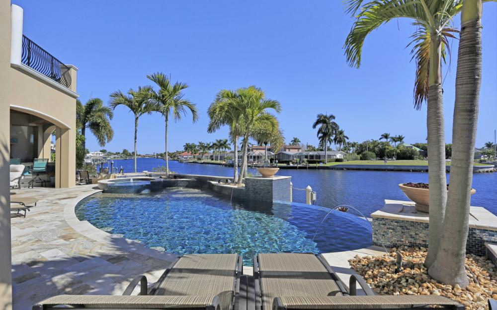 101 SW 54th Ter - Cape Coral - Luxury Home For Sale 216162163
