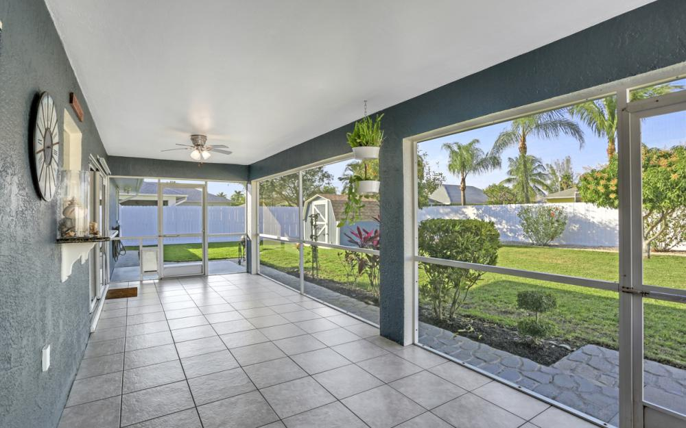 417 SE 21st Ter, Cape Coral - Home For Sale 306822052
