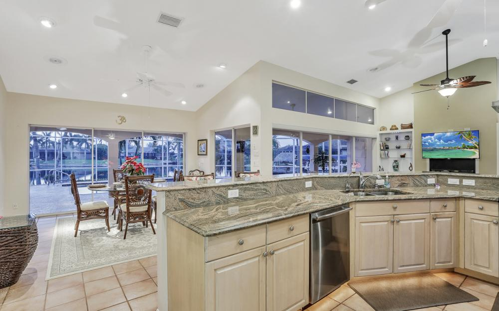 2802 SW 37th Ter - Cape Coral - Home For Sale 472121049