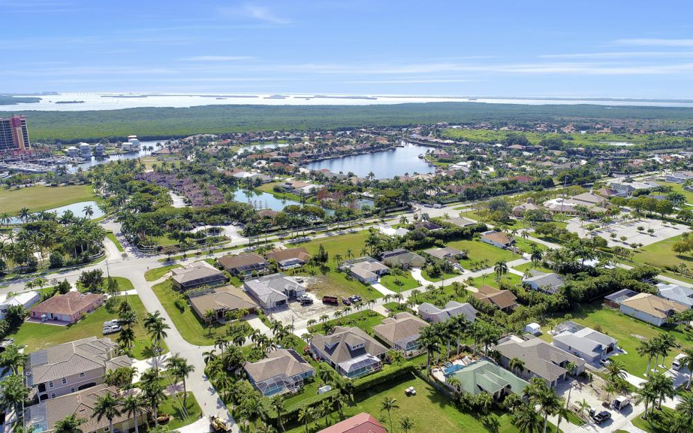 1709 SW 54th Ln, Cape Coral - Home For Sale 827523267