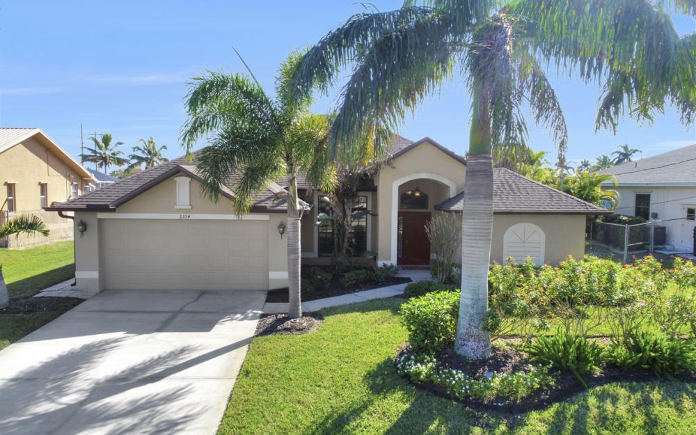 2104 SW 40th Terrace, Cape Coral - Home For Sale 1970326528