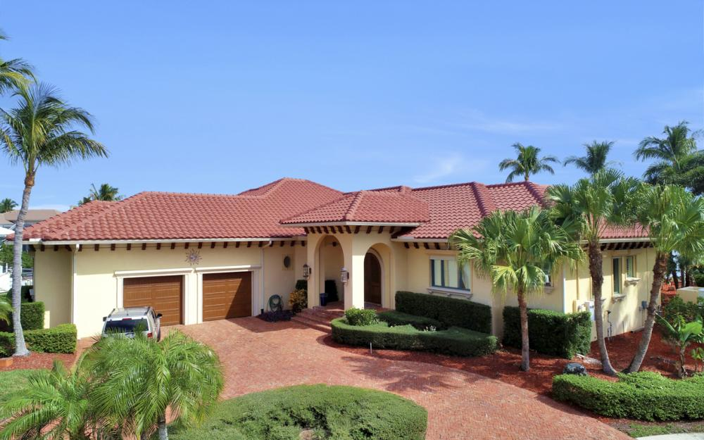 571 Conover Ct, Marco Island - Home For Sale 545582084